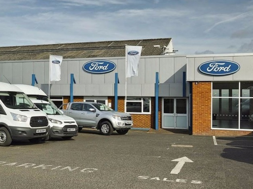 Ford Transit Centre - Imperial Commercials Halesowen