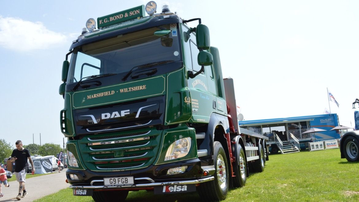 F.G. Bond & Son DAF CF