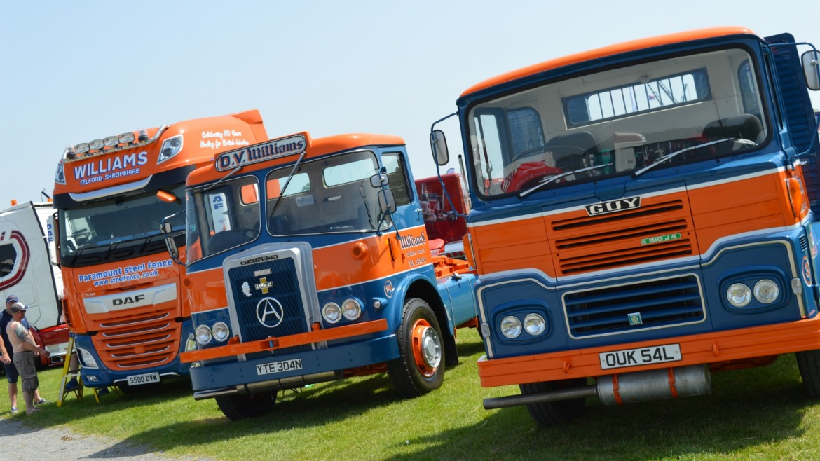 Williams DAF XF and vintage Atkinsons and Guy trucks