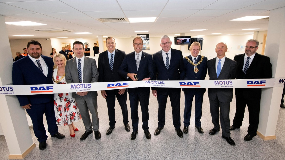 Ribbon cutting at the new MOTUS Commercials Gloucester DAF dealership opening