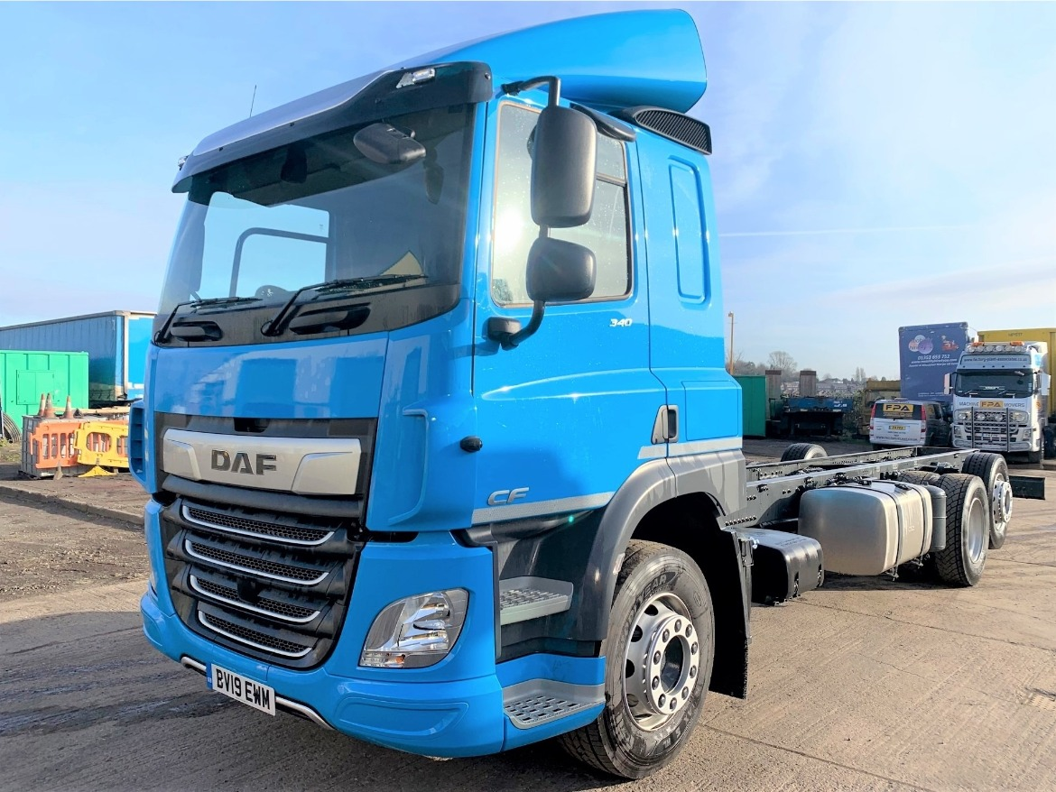 DAF CF 340 FAR 6X2 RIGID